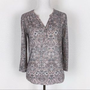 H&M XS Pink Floral Henley Tee Top V-Neck Blouse